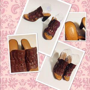 BORN Woven Braided Sandals Chestnut Leather Heels